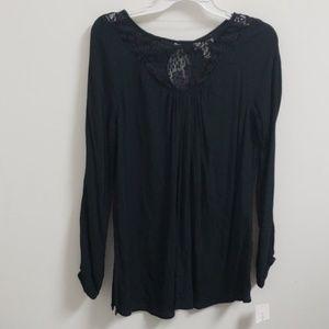 ❤NWT! Liz Lange Maternity shirt. Extra small.